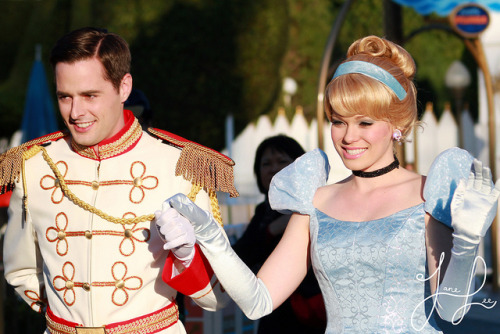 disneyendlessmagic:  Cinderella and Prince Charming by Jane's Jubilee on Flickr.