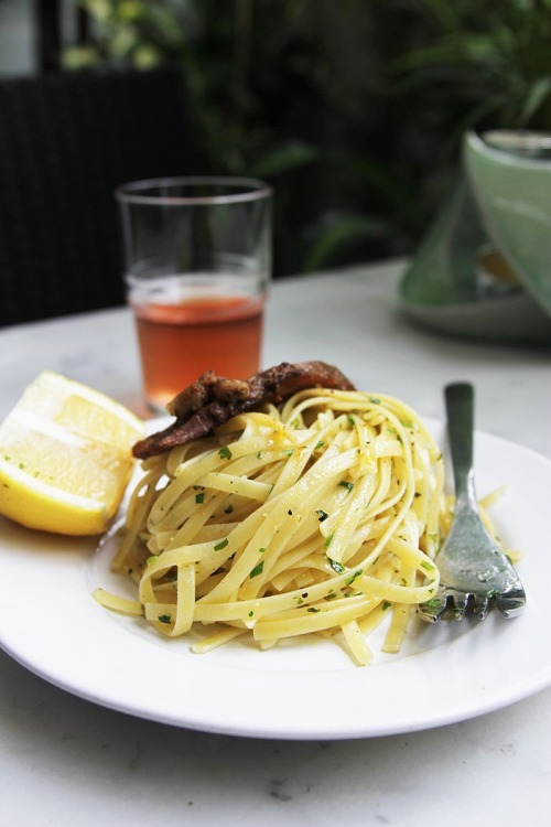 basilgenovese:  Buttery Lemon Linguine via Seven Second Rhapsody