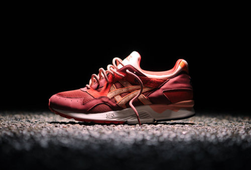Getting all dressed up to plumb the depths of an actual erupting volcano is basically something only Pierce Brosnan can pull off, so instead, dive headlong into the cone of Kith NYC's Volcano Collection: a just-dropped clutch of sport-leisure duds headlined by this explosively hyped Asics Gel Lyte V collaboration by the NYC shop's founder/designer, Ronnie Fieg.