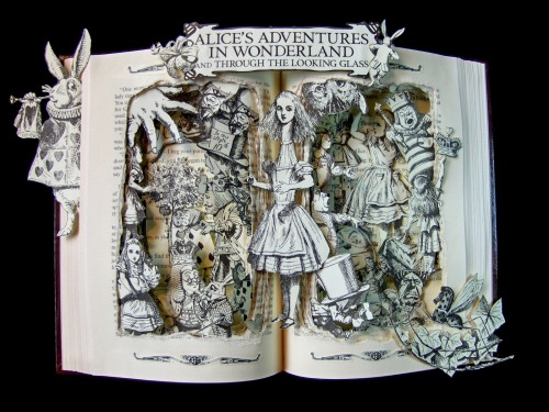 Alice in Wonderland Book Sculpture. https://www.etsy.com/listing/150127656