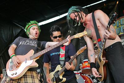 Fat Mike, Eric Melvin e El Hefe (NOFX)