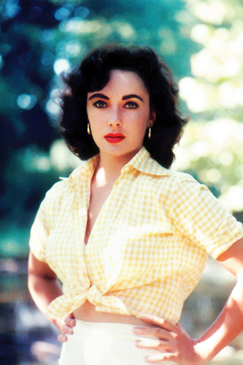 Elizabeth Taylor photographed by Bob Willoughby,1957
