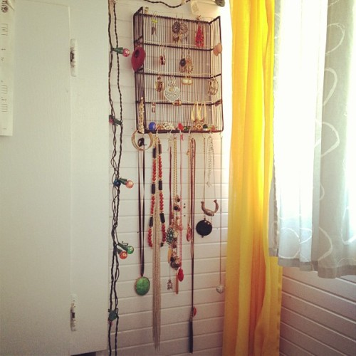 Just made a jewelry holder out of recycled materials :) #diy #jewelry #crafty #create #upcycle #recycle #thriftshop