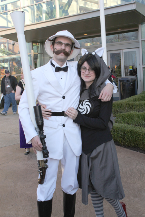 ukrainekraine:  Ahhh just a really amazing Grandpa cosplayer who was lovely enough to pose with me. Grandpa | Jade