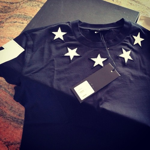 #givenchy 74 tee | sz LG. | regular fit | $425 + shipping TRADE@ PORTAGECHICAGO.COM