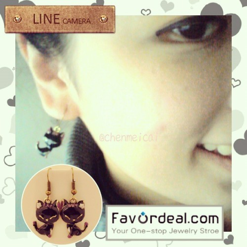 Thanks to @favordeal for my new Vintage Black Resin Smile Cat Drop Earrings :) #giveaways on my blog soon! :) #fashion #fashionista #earrings #accessories #favordeal #igersmanila #igers #instafashion #cute #instadaily #photooftheday #picoftheday #girl #sponsor #blogger #fotd #followme #cats #black #vintage #jewelry #philippines #instagram #webstagram #asian #chinese #koreanfashion #korea #onlineshopping