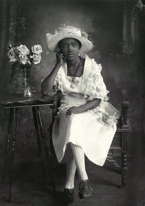 Southern Belle |1920s By Richard Samuel Roberts, from the book, A True Likeness—The Black South of Richard Samuel Roberts: 1920-1936, which depicts South Carolina's African-American life in the 1920's and 1930's. Black History Album, The Way We WereFollow us on TUMBLR  PINTEREST  FACEBOOK  TWITTER