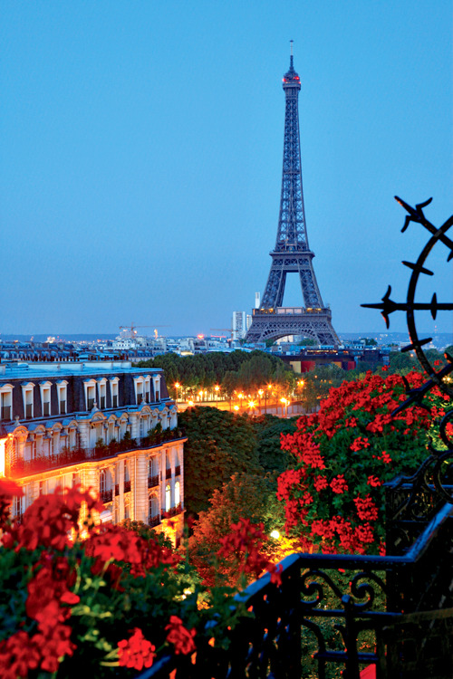 condenasttraveler:  Room With a View | Room 604-605, Hôtel Plaza Athénée Paris