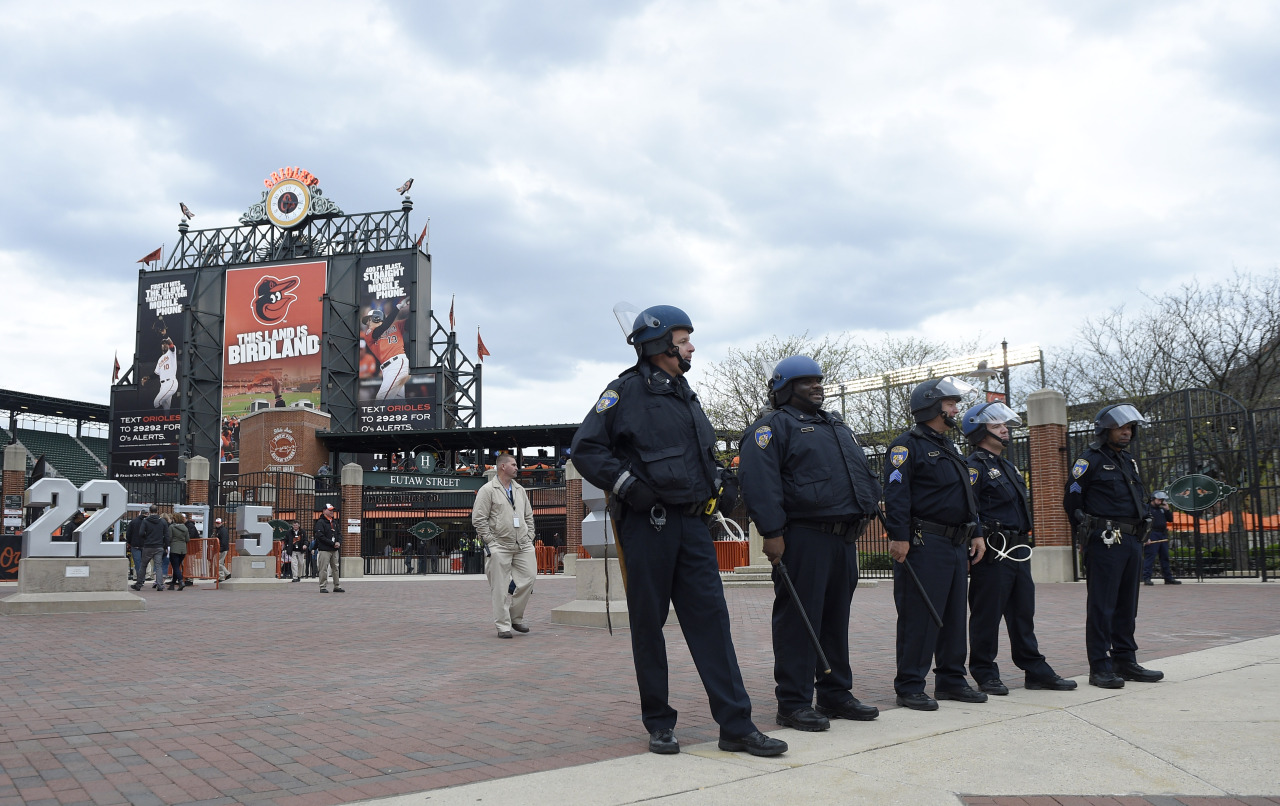 """Orioles to play White Sox on Wednesday in closed stadium
