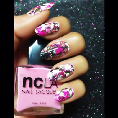 Reflect Yourself 💅 @shopncla #nailwraps #nails #karengnails #ncla @karlaticas 💗