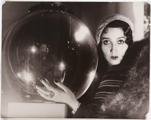 1930s photography crystal ball jacques henri lartigue