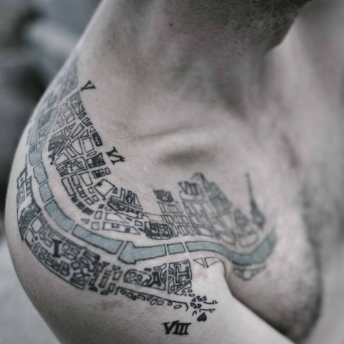 lovelyelixir:   1910 Paris tattoo