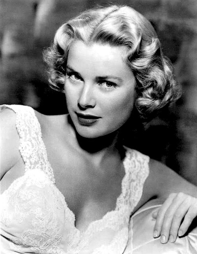 jeansharlow:  Grace Kelly