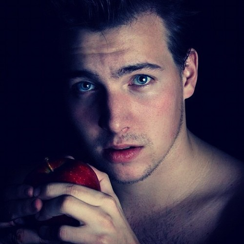 Forbidden fruit #male #model #handsome #sexyboy #sexyman #sexymale #body #malebody #fashion #hotman #hotmale #bodies #bestman  #manface #fashionguy #guys #handsomeman #bodylanguage #beautifulman #hotguy #manworld #phototoday #popular #instamood #bestoftheday #picooftheday #apple