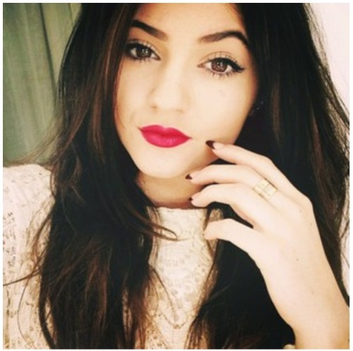 v-o-g-u-e-perfection:  ❤ Kylie Jenner