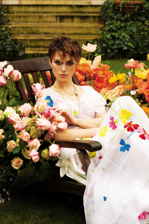 bohemea:  Keira Knightley by Gilles Bensimon