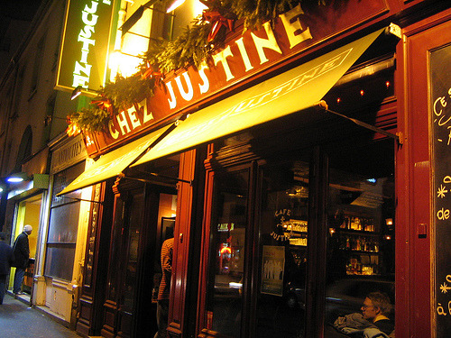 Four Hip, Fun & Yummy Suggestions for a Dinner Out in ParisIn addition to our article on Must Try Parisian Restaurants and our Sunday Brunch à Parisspecial,…View Post