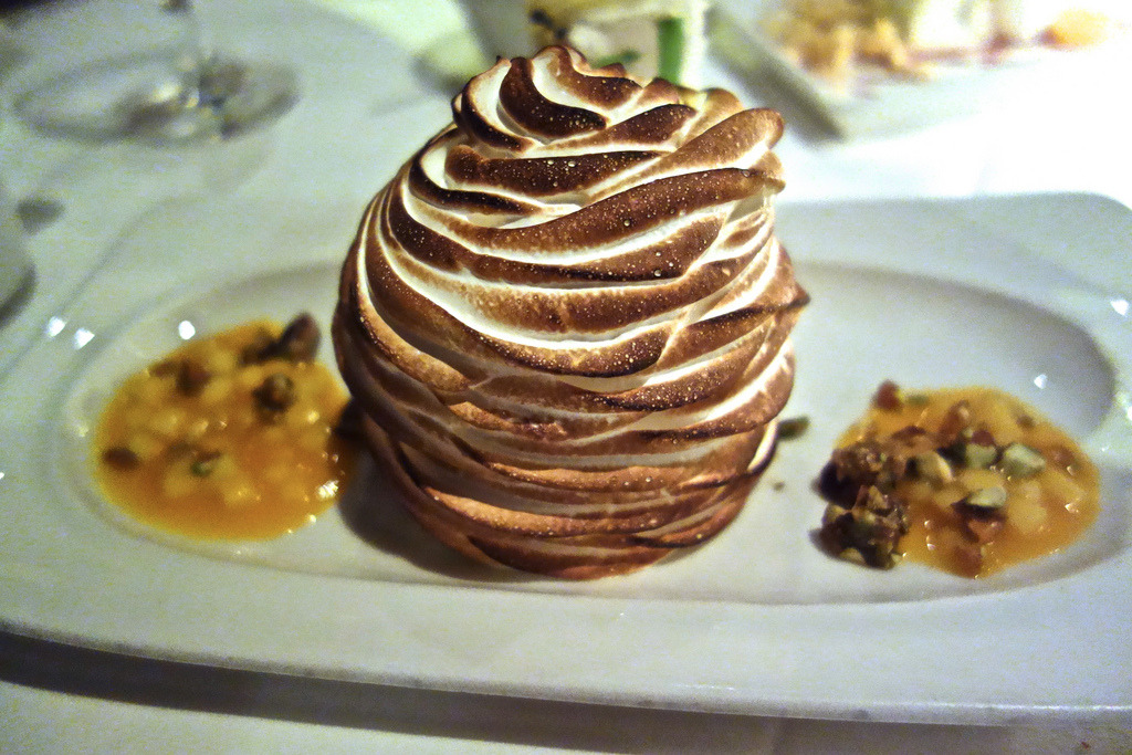 Baked Alaska pistachio cake, dulce de leche ice cream, italian meringue passion fruit salsa (by Gourmandj)