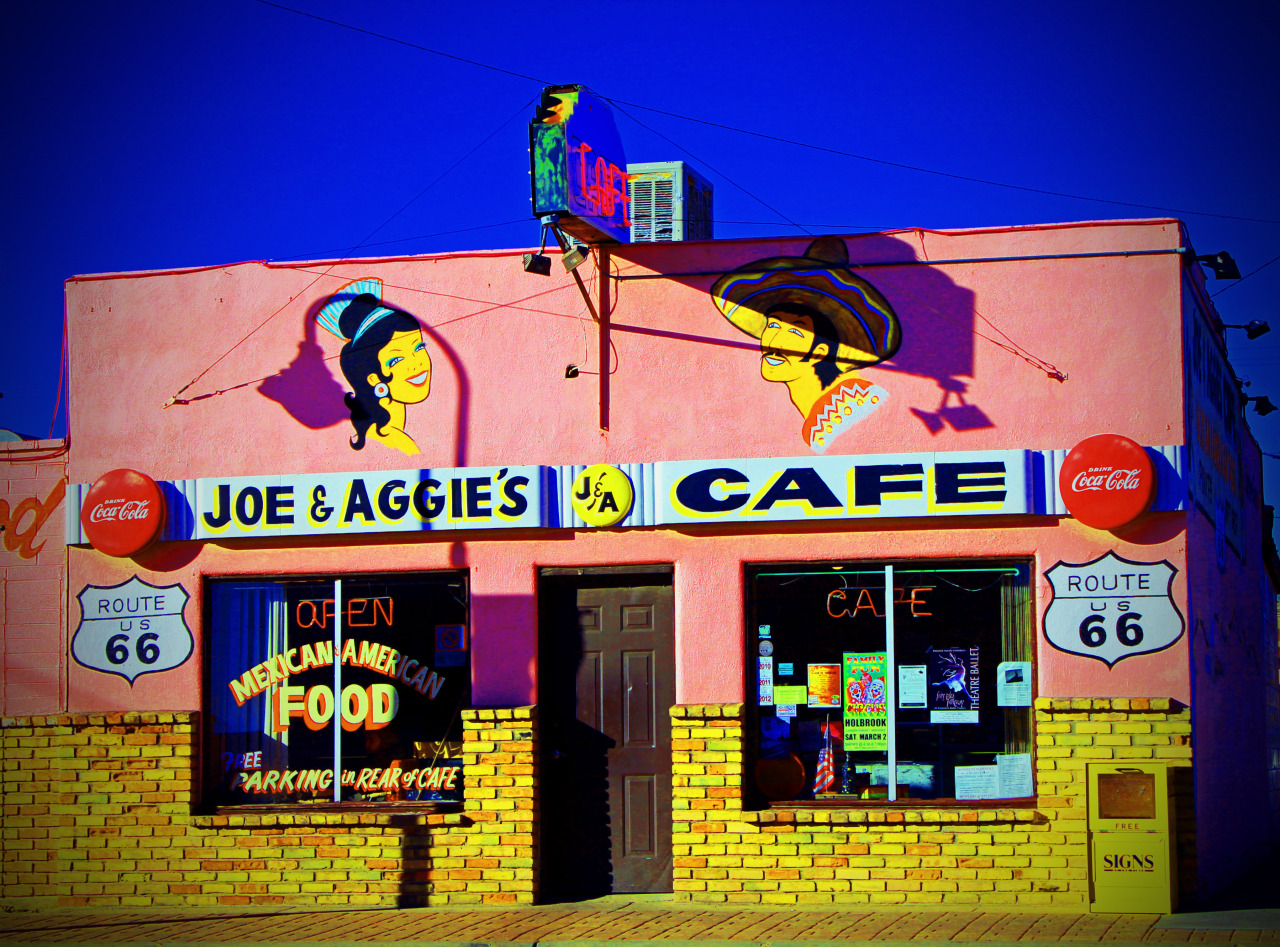 Joe & Aggie's Cafe, Holbrook, Ariz., Feb. 2013. Source: gin+gelato/Jonathan Thompson