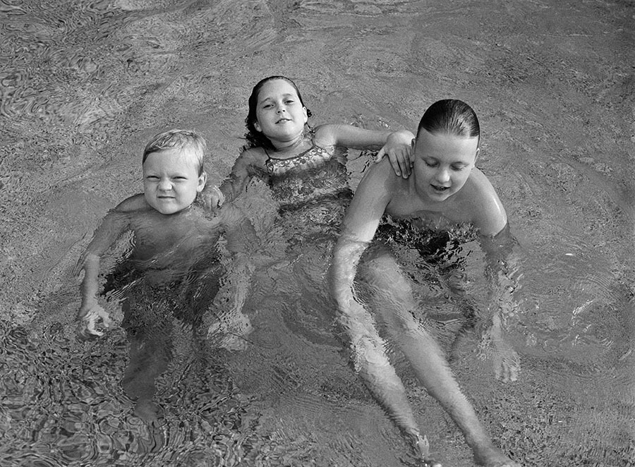 Niece and Nephews, from 'Evidence', Pictures of Family and Home, Kentucky  2002 © greg reynolds photography