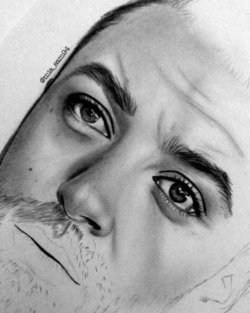 لطالما كانت الأمور الصغيرة تكبر ليلاً.  . . . . . . . . . . . . . . . . . #art #artist #arte#draw #drawing #drawings #libya #wip #ليبيا #draw_wafa#رسامين_عرب #draw_wafa#رسامين_عرب#draw#arte#libya#art#artist#wip#drawing#drawings#ليبيا