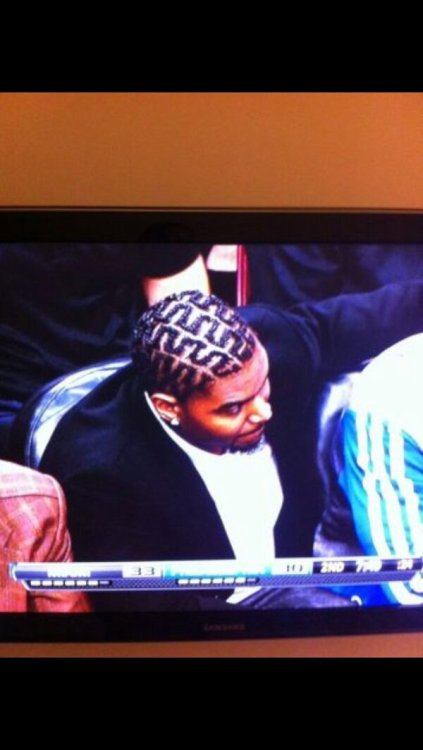 Andrew Bynum: Most Valuable Hairdresser (via r/NBA)