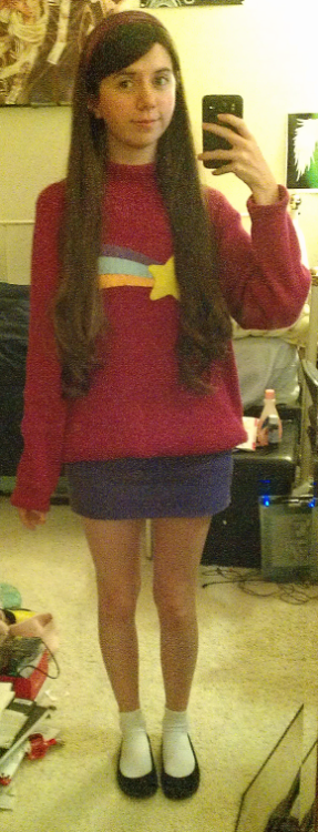 I cosplayed Mabel along with one of my best friends who was Dipper at Anime Conji today sorry for the awful picture quality, im having way too many camera problems at the moment