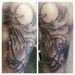 religious inspired piece :) #tattoos #tattoo #tattooer #tattooist #tattooartist #tattooed #tattoostudio #missrie #tattooistartmag #artist #drawing #sketch