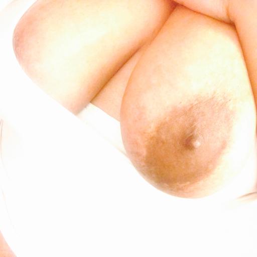 Sexy pretty beautiful thick lady.   :)