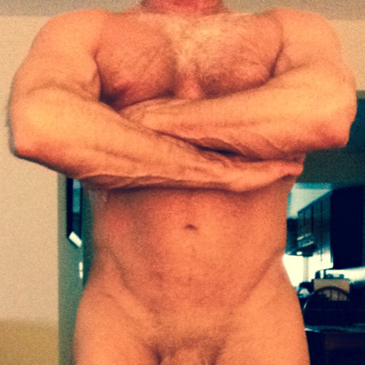 relads: skin-hunks-holes-main:  Quality time with daddy…  Follow