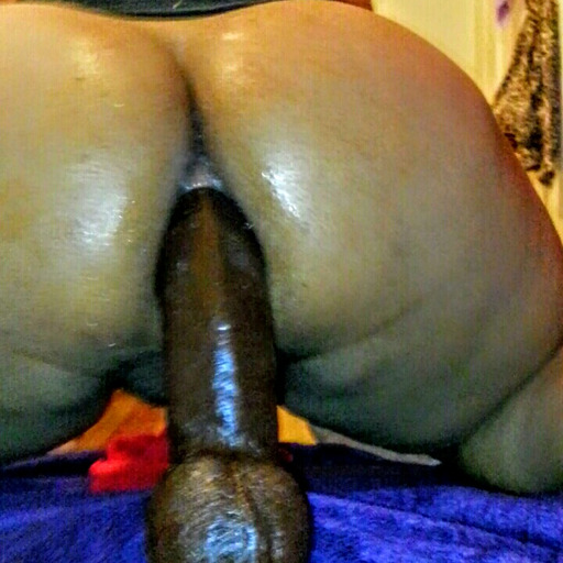 bbc4thatass:  Had her squirting uncontrollably