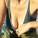 bikini-cleavage1501
