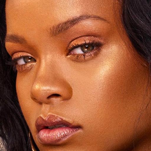 rihannainfinity:  Rihanna attends the Heavenly Bodies: Fashion