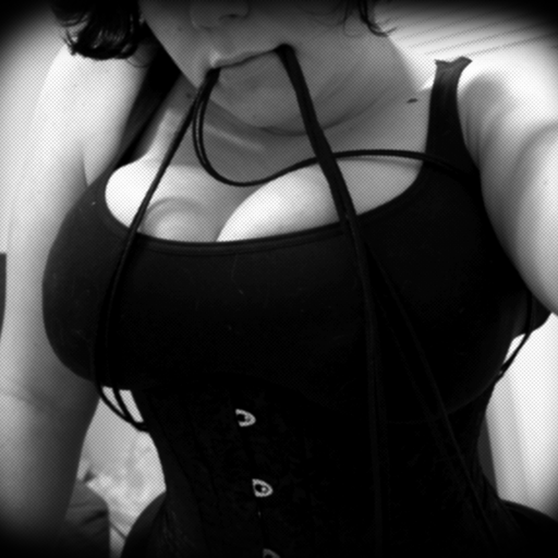 underbust:  I am so cute.Sorry for the audio quality. XDCheck