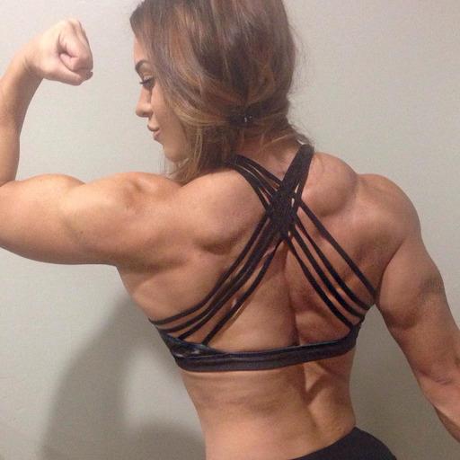 Female Muscle Webcams