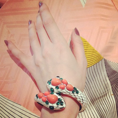 My new snake bracelet and Paris-grey nails