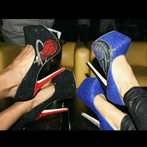 herstarfashion:  GET YOUR HERSTAR CRYSTAL PUMPS ONLINE NOW!! www.herstar.com