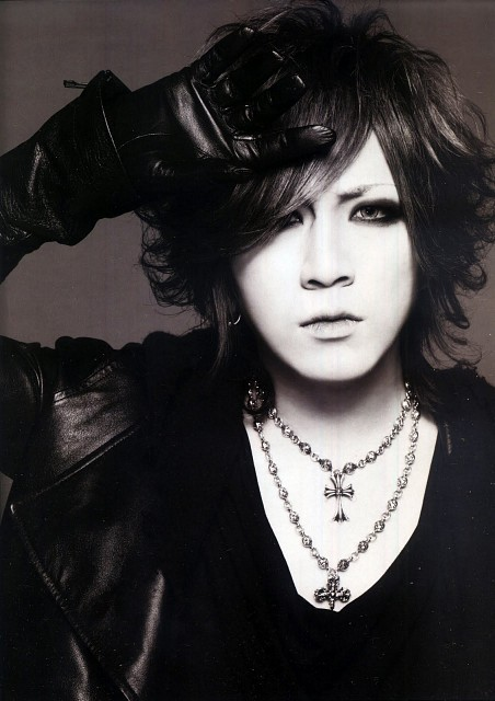 7 / 100 Images of Ruki