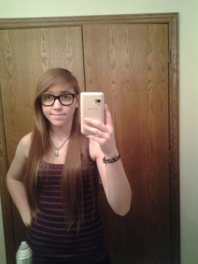 Hai there. I'm thinking of wearing my bangs like this tomorrowz. C: