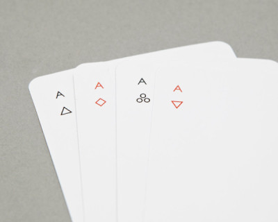 Minimalist Iota Playing Cards by Joe Doucet Jaime Derringer, design-milk.com IOTA is a deck of regulation playing cards by Joe Doucet that dallies with the idea: how much you can take away while still maintaining a playable deck?Simple geometric symbols are reductive versions of hearts, clubs, diamonds and spades. While it…