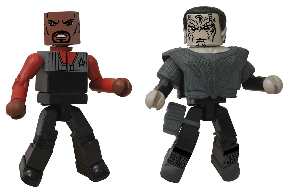 "New Star Trek ""Legacy"" Minimates from @CollectDST. I will have these."