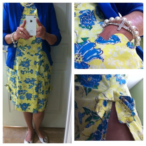 Off to Church.  OOTD.  #scallopspearlsandbows #lilly #yellow #royalblue #pearls #revas #stockingsalwaystochurch ##whitegrosgrainponybow #whitebermudabag #sunday #whatiwore #seniorfashion