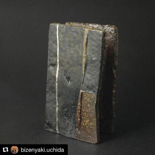 #Repost @bizenyaki.uchida with @get_repost ・・・ オンラインショップ 備前焼うちだ 更新情報!  MONOLITH 一輪花入  備前ゴブレット  など数点upしました。  https://bizen-uchida.com  #備前焼うちだ #一輪挿し #ゴブレット #uchidakazuhiko #kazuhikouchida @kazuhicouchida #bizen #black #silver #woodfiriedceramics #woodfirepottery #anagama #kakugama #hardreduction #reduction #oxidation #kiln #woodfiring #slipware (備前焼うちだ 内田和彦) https://www.instagram.com/p/CL3f4C9DIO0/?igshid=spd47sz8hm6f #repost#備前焼うちだ#一輪挿し#ゴブレット#uchidakazuhiko#kazuhikouchida#bizen#black#silver#woodfiriedceramics#woodfirepottery#anagama#kakugama#hardreduction#reduction#oxidation#kiln#woodfiring#slipware