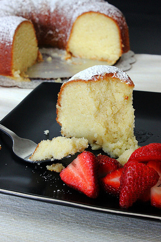 classic pound cake with champagne glaze click here for recipe