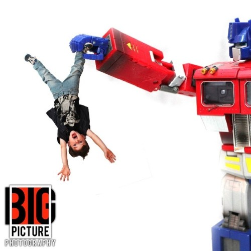 So did this yesterday, cut prime off to fit on here. #optimus #prime #photography #studio #photoshop #kids #children #fun #dangle #h