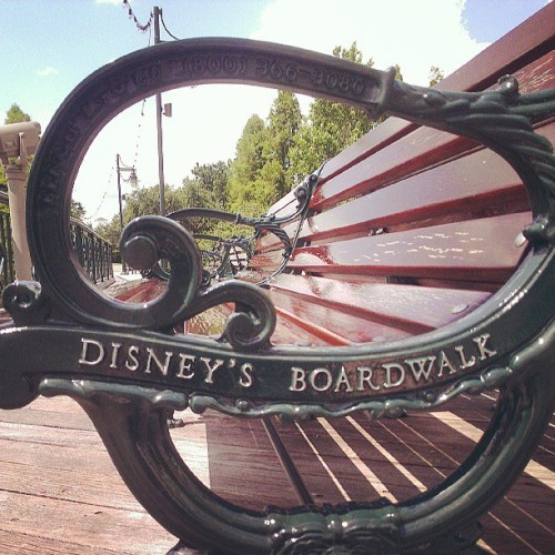 #boardwalk #wdw #disney #waltdisneyworld #disneyworld #bench  (at Disney's Boardwalk)