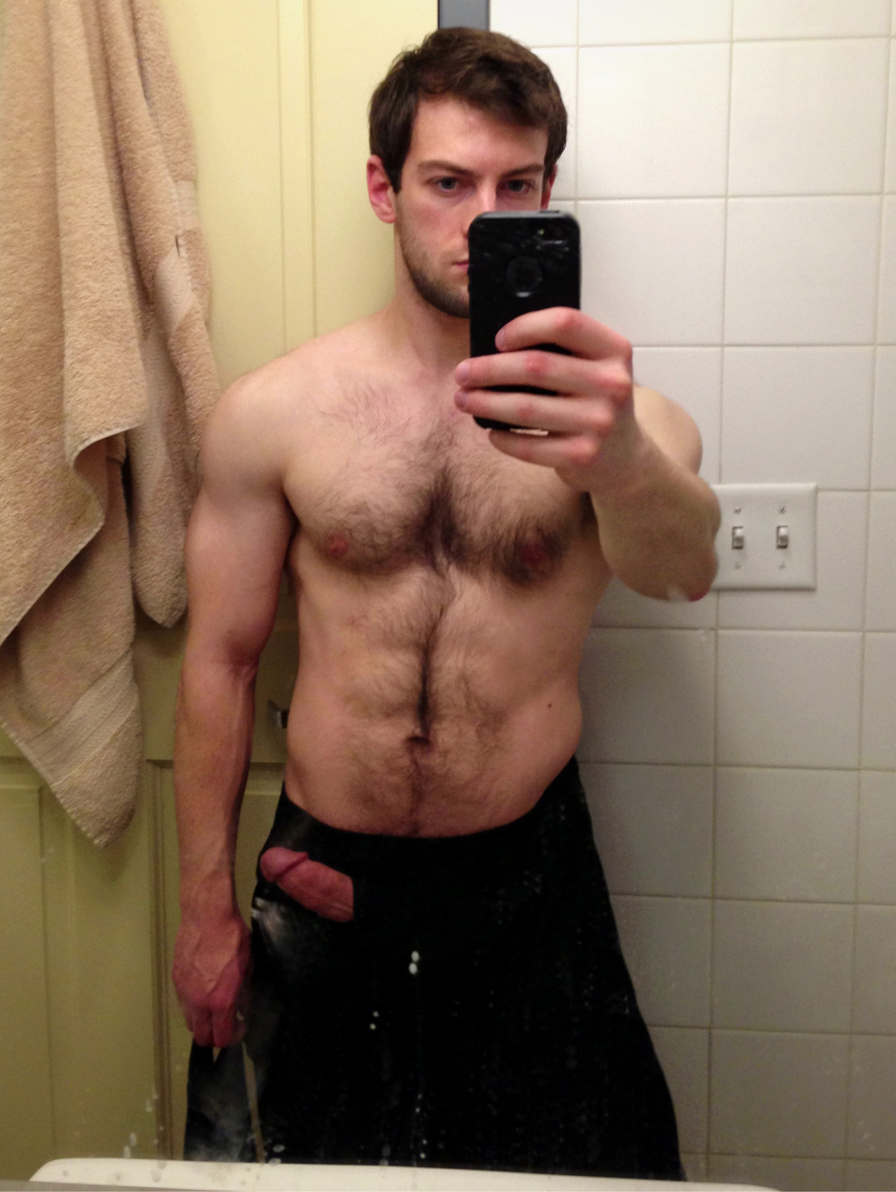 bravodelta9:  Here I am without effects.