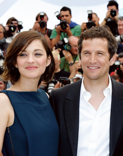 Marion Cotillard and Guillaume Canet attend the photocall for 'Blood Ties' at The 66th Annual Cannes Film Festival on May 20, 2013  #love Mario Cotillard. #classic #beauty