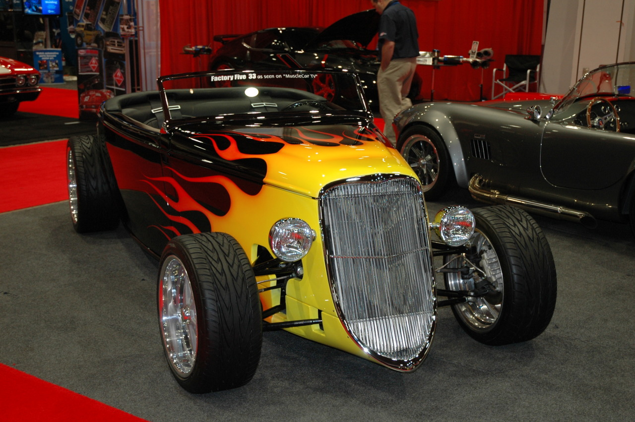 Gotta love those Factory 5 '33s! The Modern Hot Rod