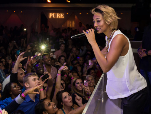 kerikrew:  Keri Hilson performing in Vegas last night.